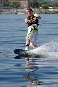 Wakeboarding Holidays toe edge